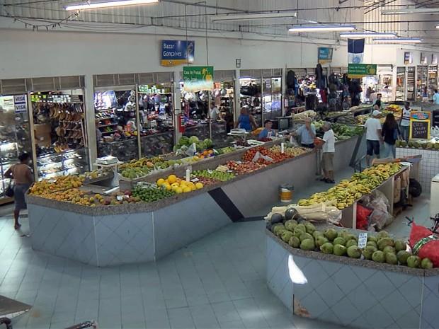 Mercado de Pouso Alegre chega a receber cerca de 3 mil pessoas por dia (Foto: Claudemir Camilo / EPTV)