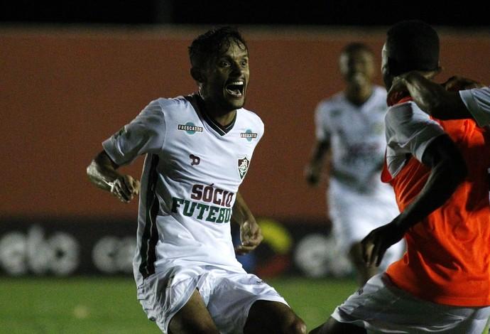 Golaço Scarpa Fluminense (Foto: Nelson Perez/Fluminense FC)