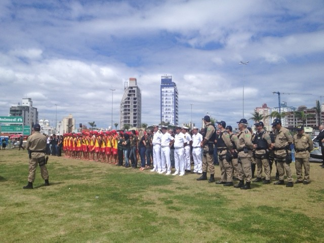 Operação Veraneio vai envolver mais de 8 mil profissionais de segurança pública (Foto: Luíza Fregapani/G1 SC)
