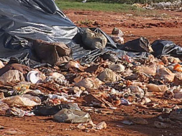 Aterro sanitário está com a capacidade esgotada  (Foto: reprodução/TV Tem)