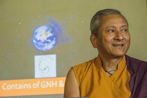 Saamdu Chetri, diretor executivo do Centro da Felicidade Interna Bruta do Butão (Foto: © Haroldo Castro/ÉPOCA)