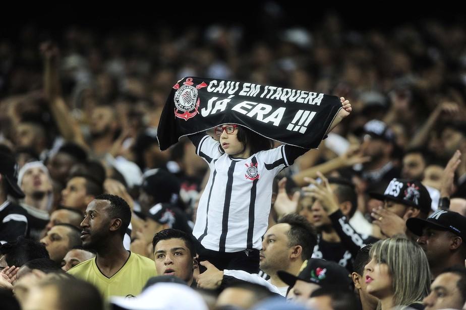 Brasileirão: Corinthians lidera média de público pagante após 10 rodadas