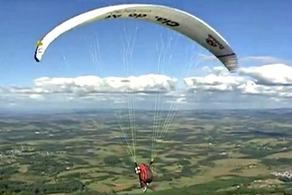 Voo de paraglider no Vida e Saúde (Foto: Reprodução/RBS TV)