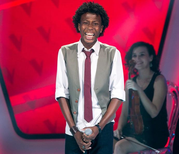 Felipe Adetokunbo é aprovado no The Voice Kids (Foto: Isabella Pinheiro/Gshow)
