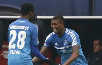 Walace marca pela primeira vez, e Hamburgo vence o vice-líder Leipzig