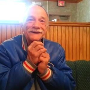 senhor descobre que vai ser avô (Foto: Reprodução/ Youtube)
