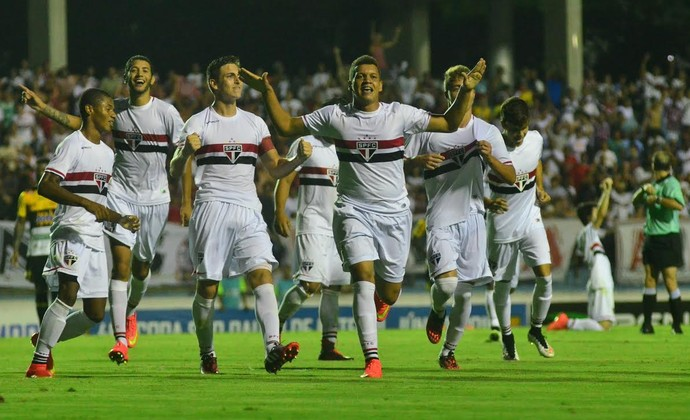 Comemoração Felype Hebert São Paulo Copa São Paulo (Foto: Tião Martins/PMSJC)