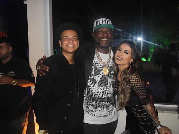 MC Duduzinho, Mr Catra e MC Marcelly em festa na Zona Norte do Rio (Foto: Rogerio Fidalgo/ Ag. News)