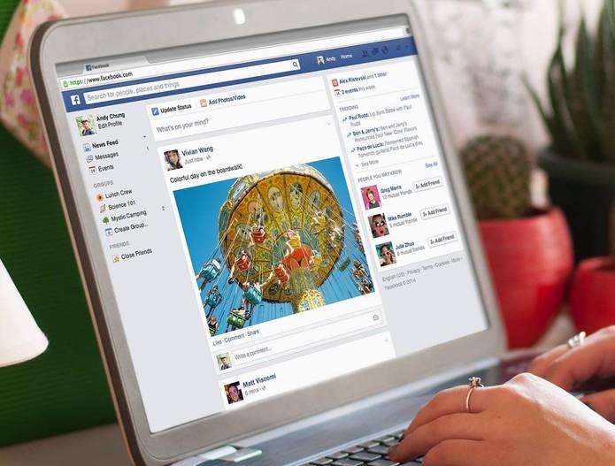 Conte para seus amigos no Facebook para onde você está viajando  (Foto: Divulgação/Facebook)