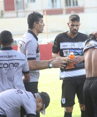 Americano, técnico João Carlos (Foto: Carlos Grevi / Agência Ururau)
