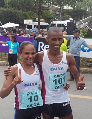 Giovani dos Santos e Joziane da Silva Cardoso, campeões da Volta da Pampulha (Foto: Rafael Araújo)