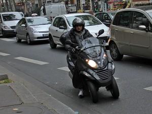 Com três rodas, modelos podem ser conduzidos por quempossui habilitação para carros na Europa (Foto: Rafael Miotto/G1)