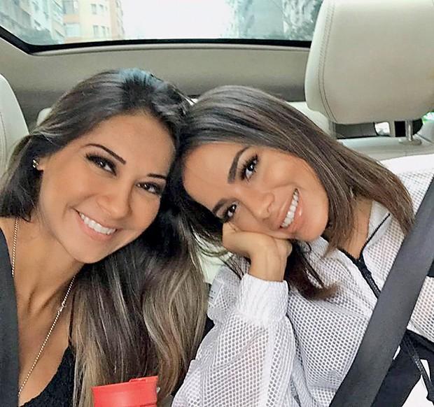 Mayra Cardi e Anitta: 40  dias juntas para uma reeducação  alimentar  completa  (Foto:  )