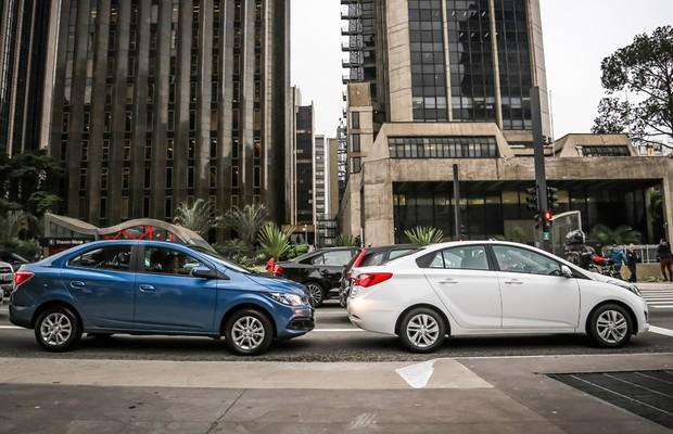 Comparativo Chevrolet Prisma enfrenta Hyundai HB20S (Foto: Rafael Munhoz)