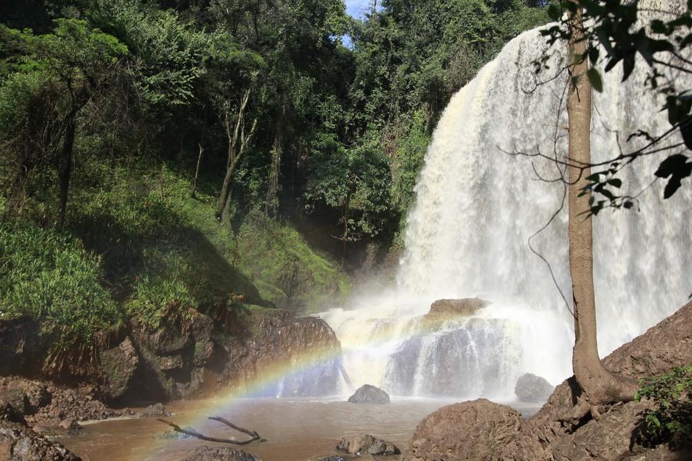 Cachoeira em Brotas (Foto: Rita Perran Augusto / Shutterstock)