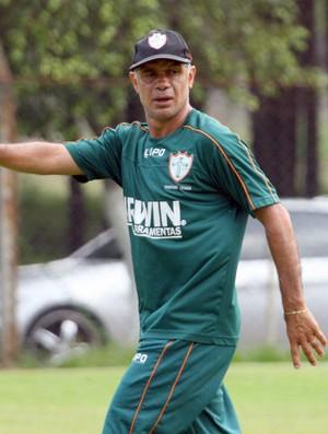 Jorginho em treino da Portuguesa (Foto: Anderson Rodrigues / Globoesporte.com)