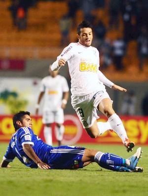 Felipe Anderson, Santos e Universidad (Foto: Marcos Ribolli / Globoesporte.com)