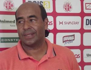 Carlos Moura dourado, diretor de futebol do América-RN (Foto: Ferreira Neto)