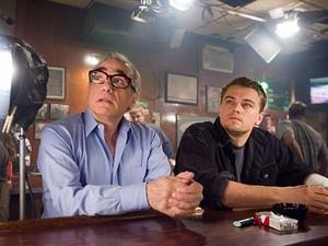Scorsese ao lado de Leonardo Di Caprio no set de 'Os infiltrados', filme que finalmente lhe deu o Oscar