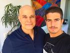 Enzo fala da luta do pai, Edson Celulari, contra câncer: 'Reagindo bem'