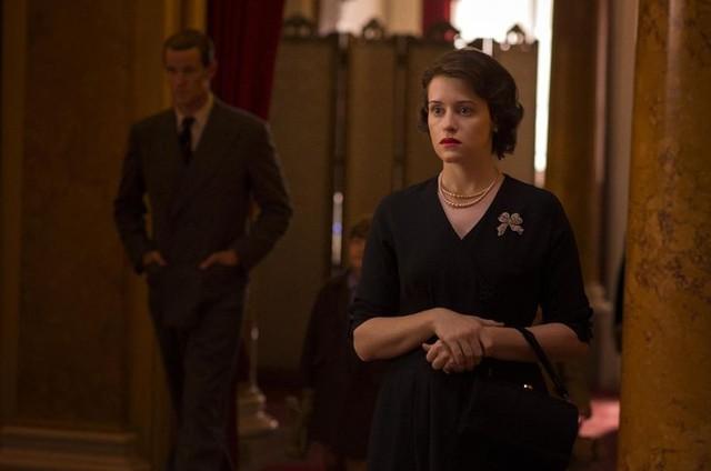Claire Foy em cena como Rainha Elizabeth em 'The crown' (Foto: AP)