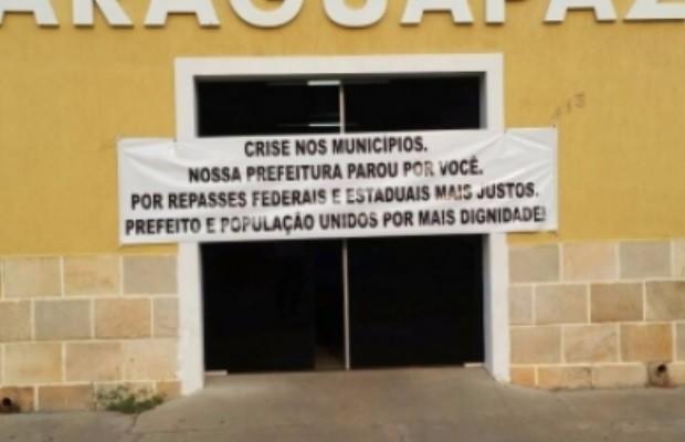 Prefeituras de pelo menos 40 cidades suspenderam serviços em Goiás, segundo AGM. (Foto: Divulgação/AGM)
