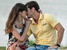 Agatha Moreira e Sacha Bali gravam cena de beijo de Giselle e Murilo