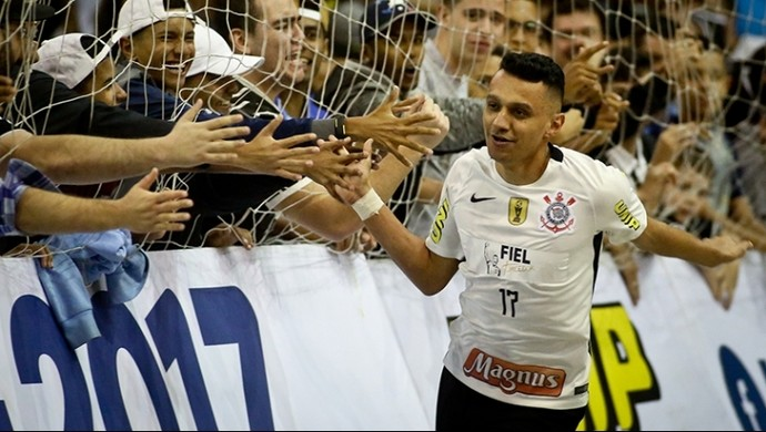 Edson Corinthians x Carlos Barbosa LNF (Foto: Rodrigo Coca/Ag. Corinthians)