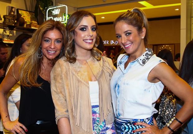 Sacha Chryzman, Fabiana Justus e Ticiane Pinheiro (Foto: Manuela Scarpa/Foto Rio News)
