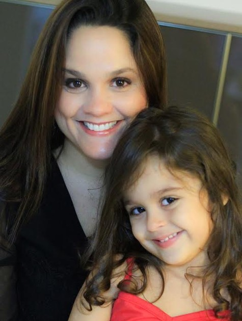 Paula Sanioto com a filha, Beatriz (Foto: Arquivo pessoal)