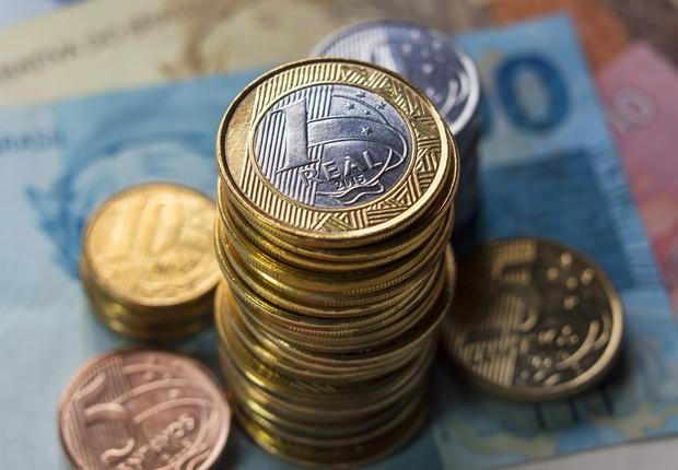dinheiro - nota - real - mercado - economia - juros - contas públicas - bc - focus - deficit - moedas (Foto: Thinkstock)