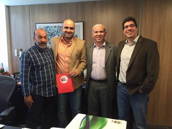 Cesarino Oliveira e Tiago Vasconcelos (Foto: Reprodução/Facebook)