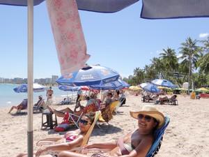 amigas tomando sol em Maceió (Foto: Fabiana De Mutiis/G1)