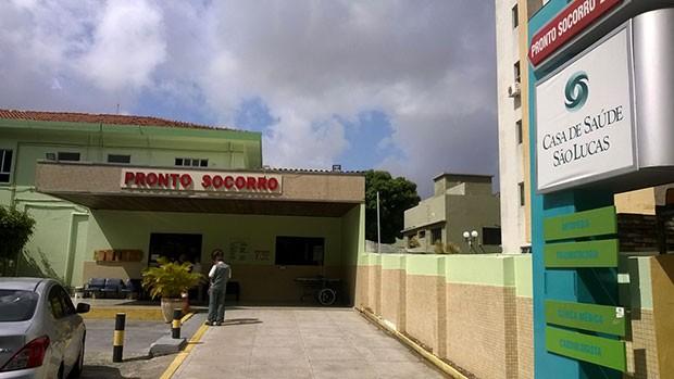 Casa de Saúde São Lucas recebeu o ex-governador (Foto: Eduardo Rodrigues/Inter TV Cabugi)