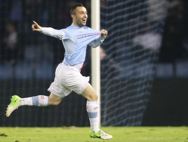 Cristian Bustos comemora gol do Celta contra o Real Madrid (Foto: Agência Reuters)