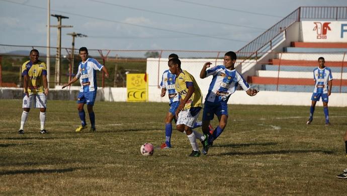 Crato e Itapipoca empatam em 0 a 0 pelo Campeonato Cearense (Foto: Cicero Valério/ Agencia  Miséria)