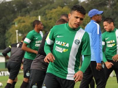 Ivan, lateral-direito do Coritiba (Foto: Divulgação/ Site oficial Coritiba)