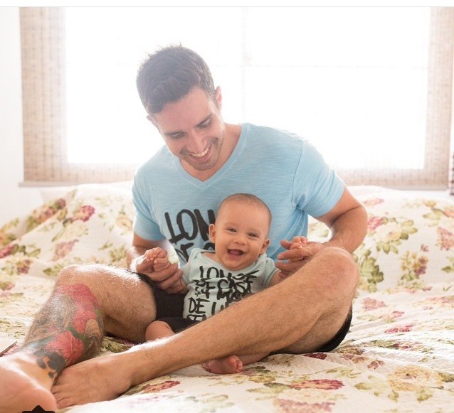 Cesinha com o filho Cadu, de seis meses e meio (Foto: Arquivo Pessoal)