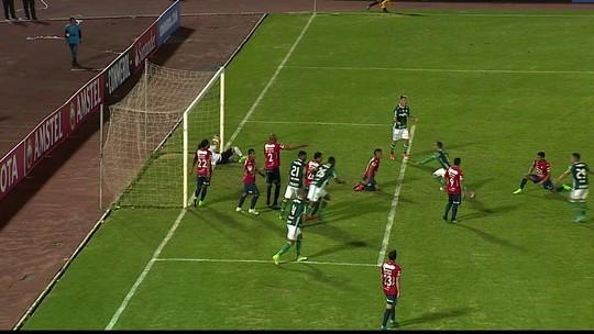 Palmeiras perde a primeira e deixa escapar vaga antecipada na Libertadores
