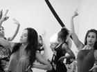 Valesca Popozuda abre ensaio com bailarinos e mostra parte de seu novo show