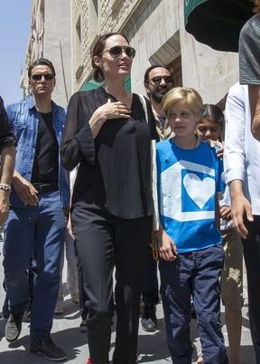 Angelina Jolie e Shiloh (Foto: Agência Grosby Group)