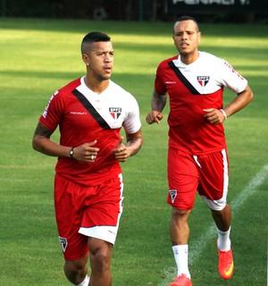 Antonio Carlos e Luis Fabiano no treino do São Paulo (Foto: Diogo Venturelli)