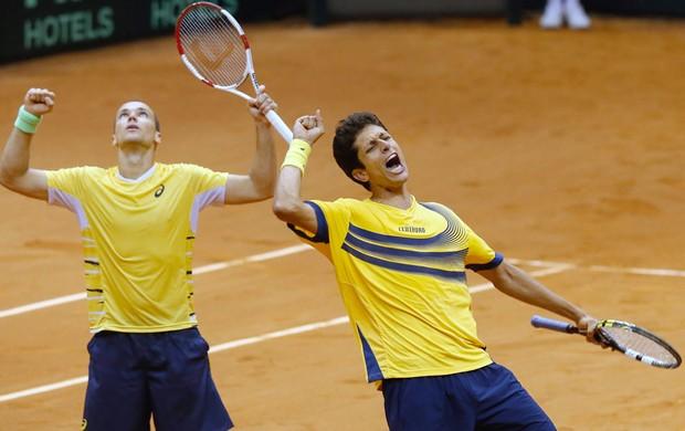 Marcelo Melo e Bruno Soares Copa Davis (Foto: Vipcomm)