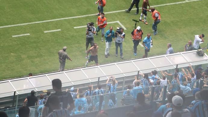 Barcos centroavante Grêmio (Foto: Tomás Hammes / GloboEsporte.com)