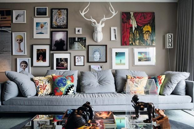 0868b42cb 7 maneiras de organizar os quadros na parede - Casa e Jardim
