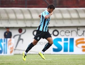 Willian José comemora gol no Gre-Nal (Foto: Lucas Uebel/Divulgação, Grêmio)