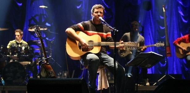Emmerson Nogueira faz show em Curitiba (Foto: Divulgação)