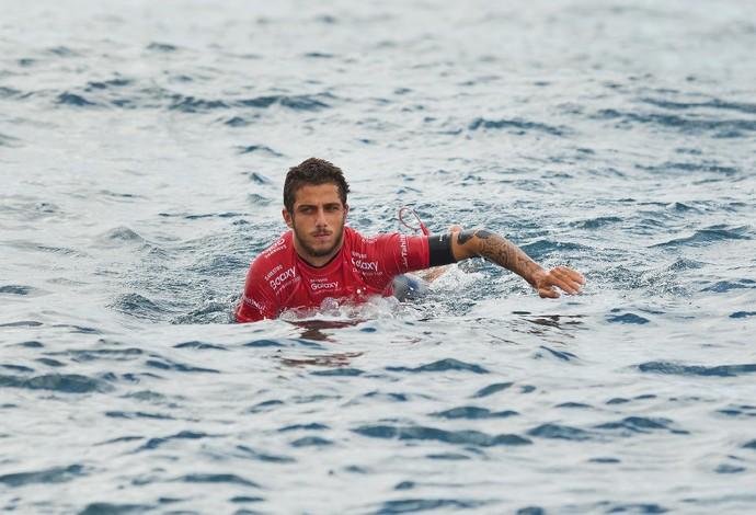 Filipe Toledo não pega sequer uma onda na bateria contra Italo Ferreira pelo quinta fase (Foto: WSL / Kelly Cestari)