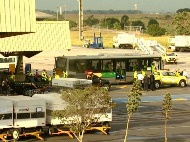 Simulação no Aeroporto Internacional de Viracopos, em Campinas (Foto: Reprodução/ EPTV)