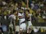 Goleador do São Paulo, Gilberto quer colocar dúvida na cabeça de Ceni